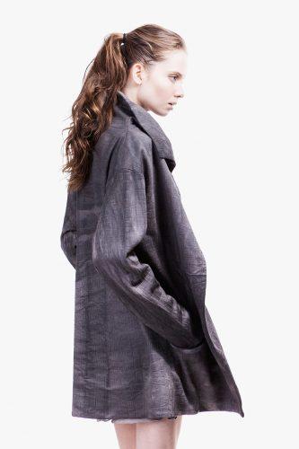 Kleidung aus Brennesselfasern  von Gesine Jost; FOTO: Gesine Jost